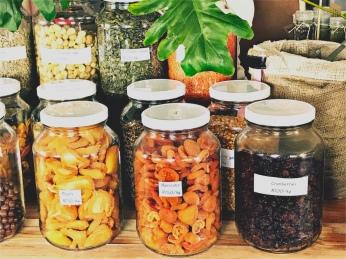 bulk dried fruit